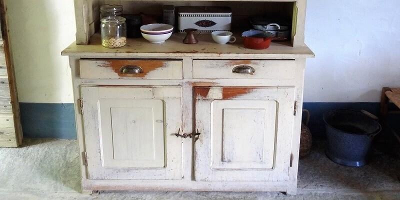 Come Restaurare Da Soli Un Vecchio Mobile Idee Per La Casa