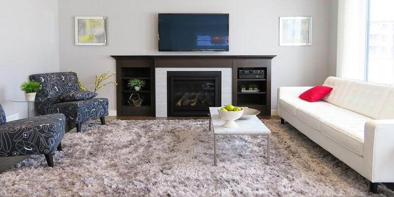 Come pulire i tappeti con prodotti naturali: aceto e bicarbonato